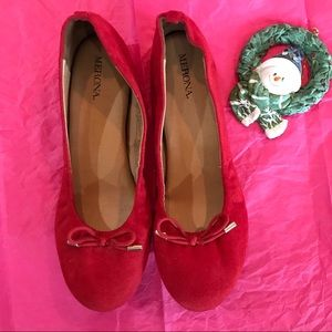 Beautiful Red Faux-Suede Ballet Flats-7.5